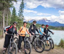 xe đạp touring là gì